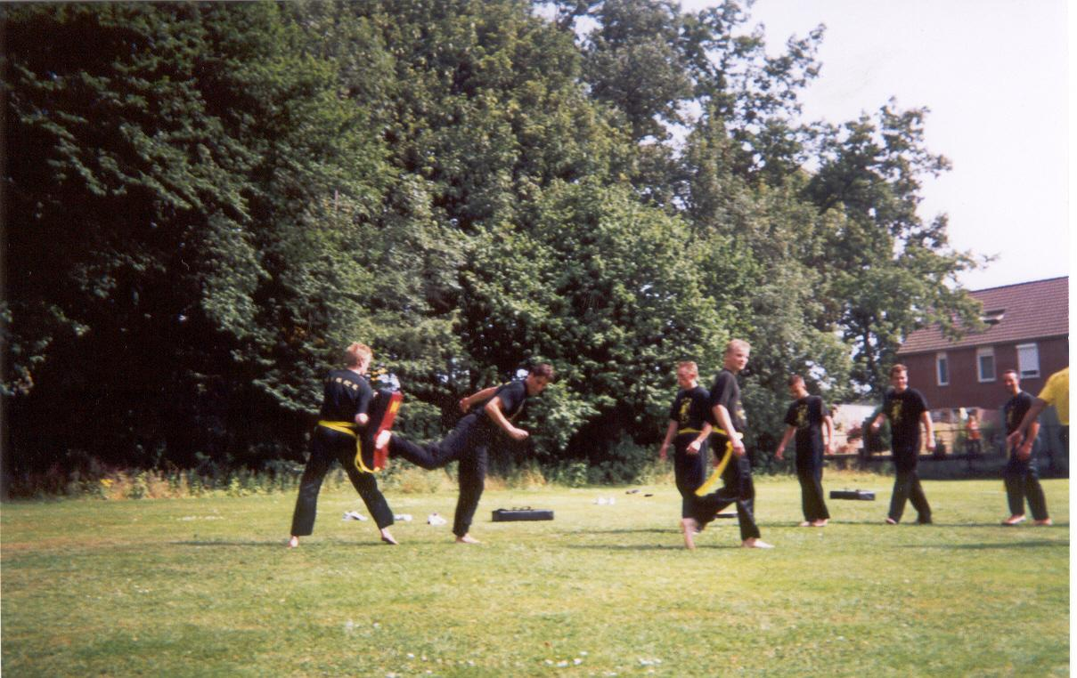 Kungfu_trainingskamp_2003_07.jpg