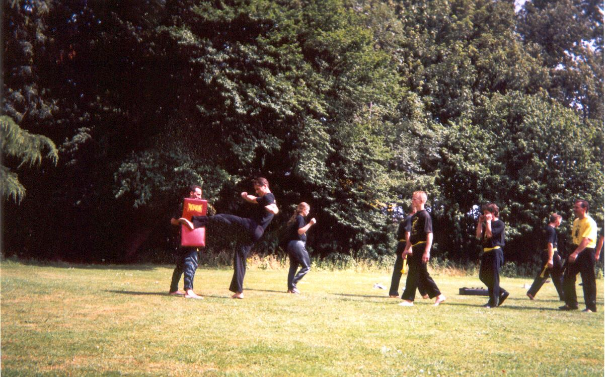 Kungfu_trainingskamp_2003_11.jpg